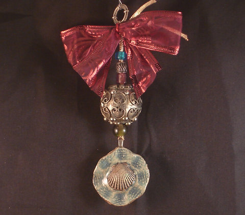 scallop ornament