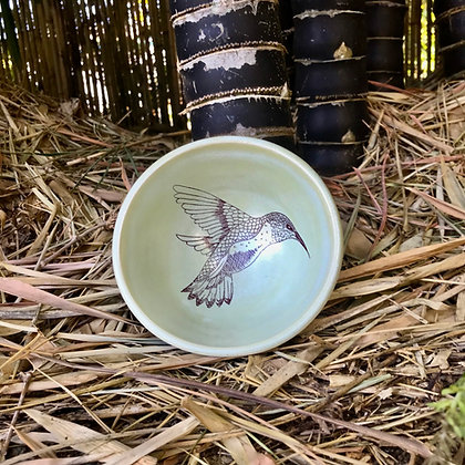hummingbird bowl in honeydew