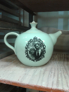 English style teapot