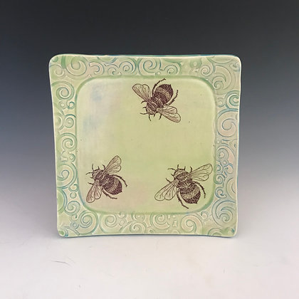 square bee plate