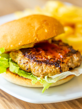 The Pint Club_Cheese burger.jpg