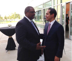 Speaks w/ Mayor Julian Castro