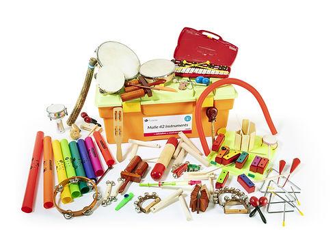 malle-geante-42-instruments.jpg