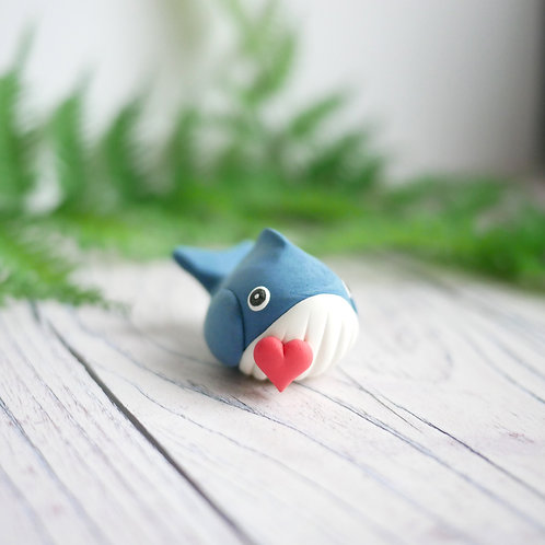 Handmade tiny Valentine's day whale ornament by Jess Smith from Silverpasta Crafts