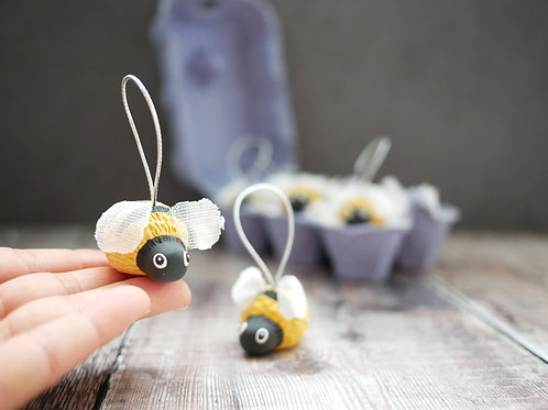 Silverpasta handmade bumblebee Christmas tree decoration made from air dry clay and plastic-free packaging