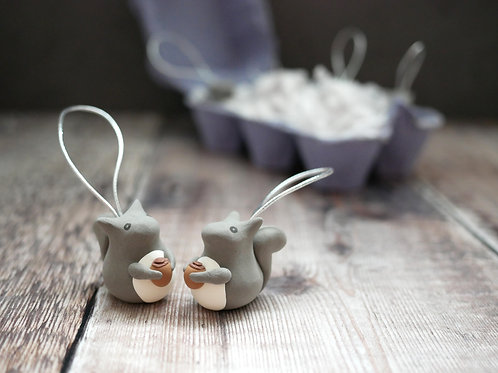 Silverpasta handmade grey squirrel Christmas tree decoration made from air dry clay and egg box plastic-free packaging