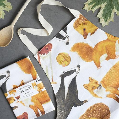 Silverpasta wildlife cotton tea towel apron gift set british mammals fox badger hedgehog red squirrel