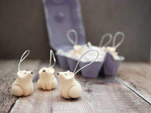 Silverpasta handmade polar bear Christmas tree decoration made from air dry clay and egg box plastic-free packaging