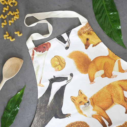 Silverpasta wildlife cotton adult apron illustrated british mammals fox hedgehog badger squirrel