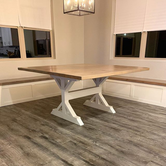 Knotty Alder Table & Benches