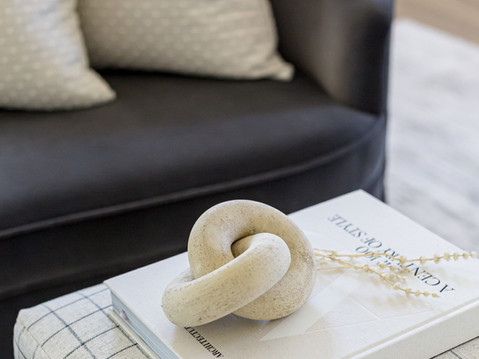 Home decor styling by Temecula, California based staging and interior designer Laura Lochrin Interiors.