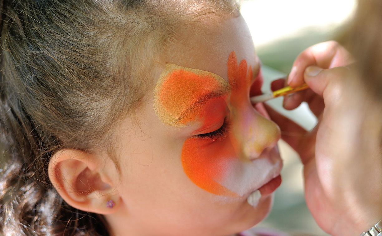 Face Painting for up to 9 children