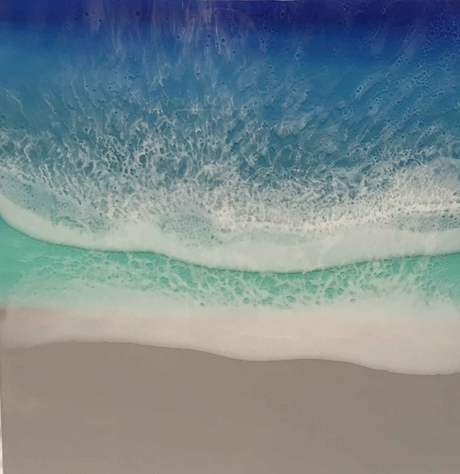Elegant Ocean Waves