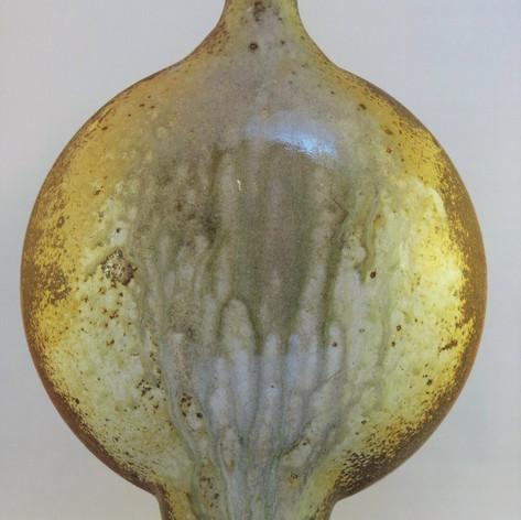 Pilgrim bottle ash glazed reverse view