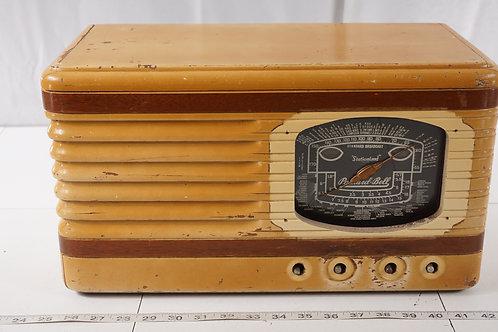 Packard Bell Stationized Tube Radio Model 35 H