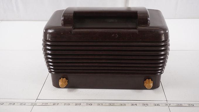 1940s Stromberg - Carlson Tube Radio Model 1400- H - Hums