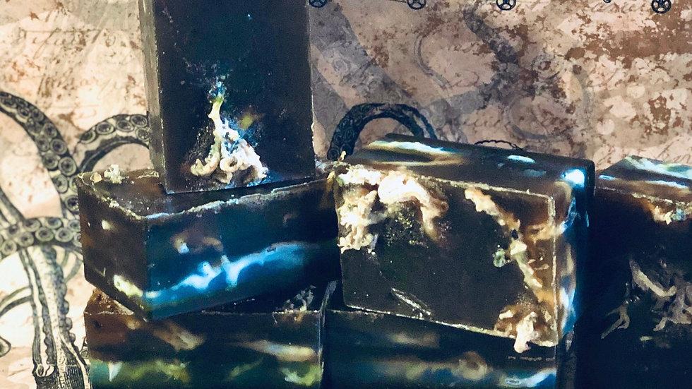 <alt=seaweed irish moss blue spirulina algae body wash>