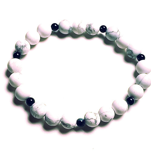 Howlite and Black Mother of Pearl Bracelet