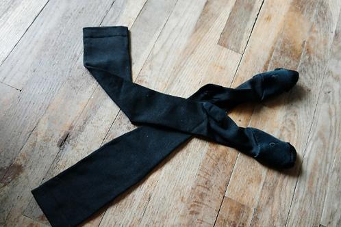Calf-high compression socks for dancers