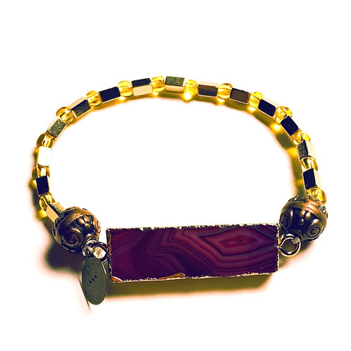Agate Center Stone and Hematite Bracelet