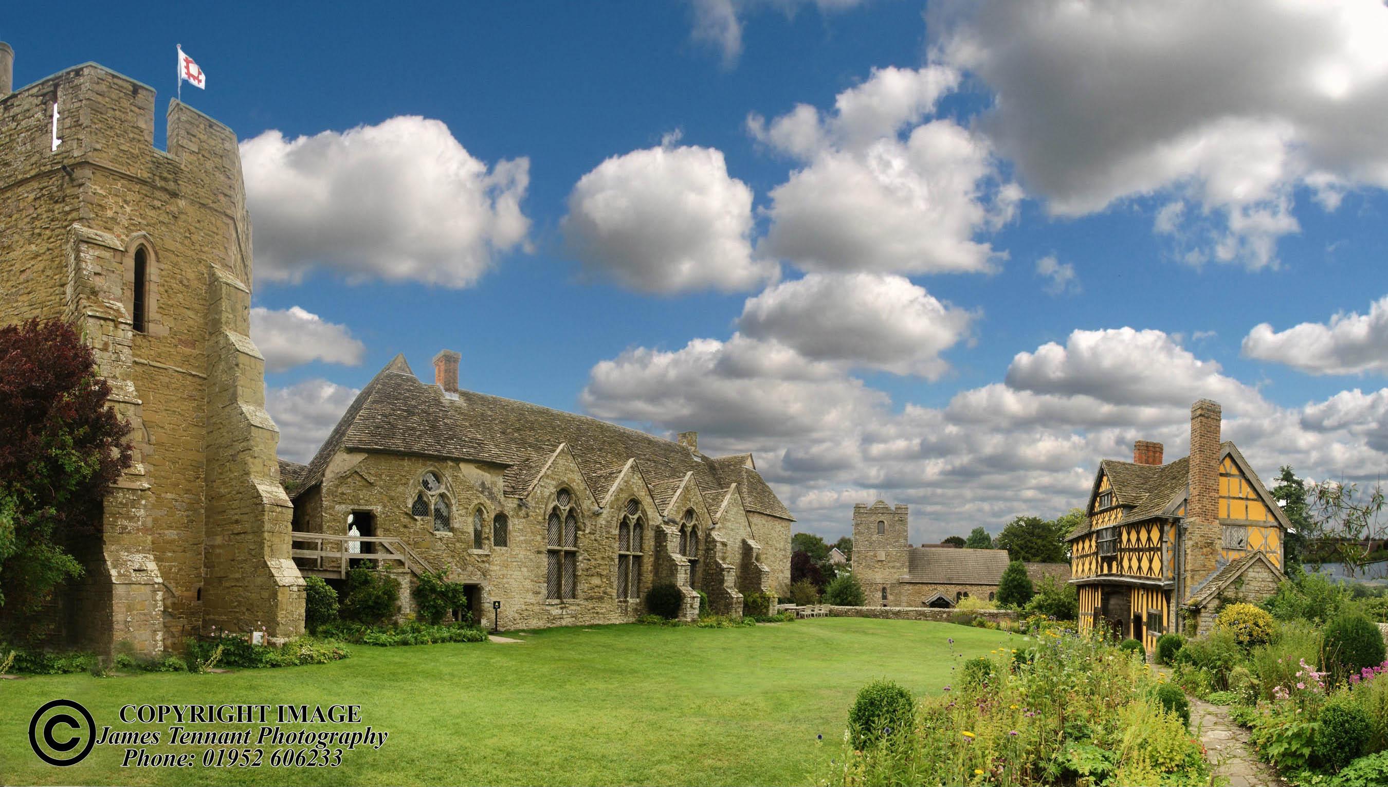 Stoksey Castle-001.jpg