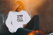 Cropped_USA_white sweatshirt_POP.jpg