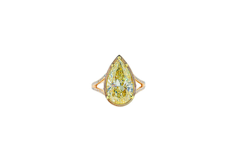 Pear D'Or Ring