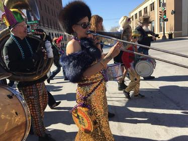 Katie on the Trombone, Mardi Gras