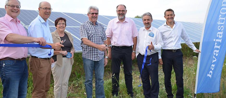 Solarpark Laaber: Was länge währt, liefert endlich Strom!