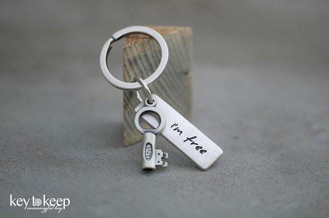 מחזיק מפתחות עם ברכה - I'm free