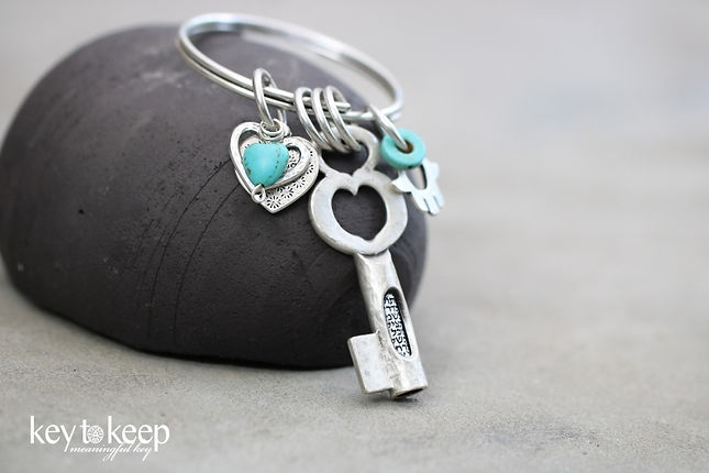 מחזיק מפתחות עם הקדשה אישית. דגם 6022