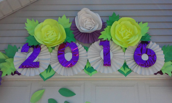 2016 Graduation Flowers and Rosettes