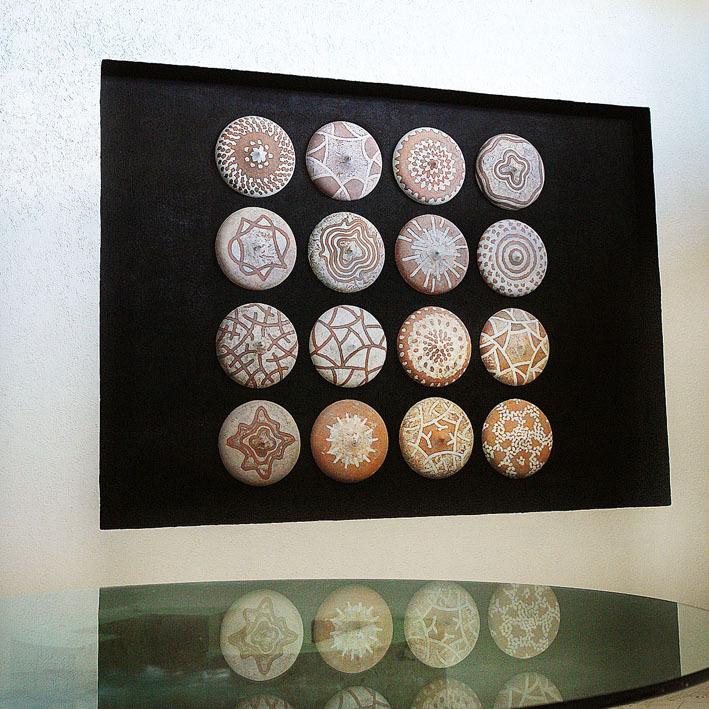 composición mural de cerámica