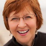 Julie R. headshot .jpg