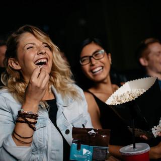 Смех в Фильмы