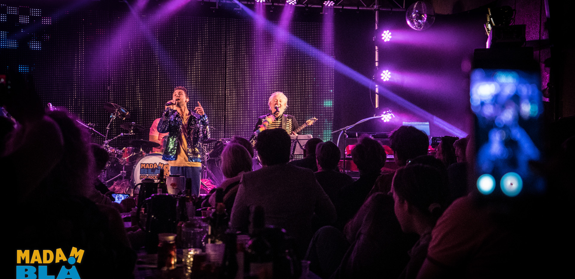 Historien om Madam Blå & Pop*Rockerne