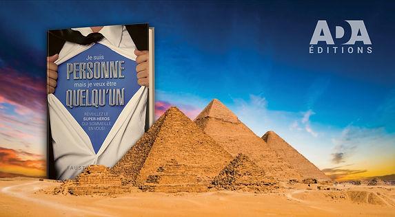 5-Pub_Pyramides.jpg