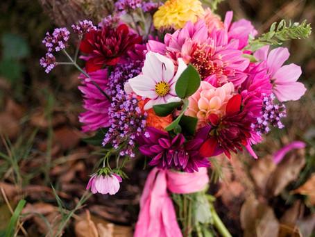 DIY bright autumnal bouquet