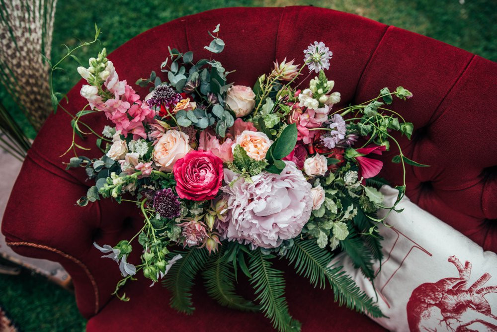 Gorgeous boho rustic inspired pink and red wedding. Pink and red wedding stationery. Wild rustic pink and red wedding bouquet