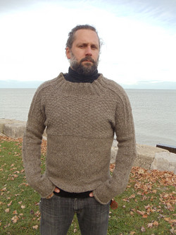 fisherman sweater with roll sleeves