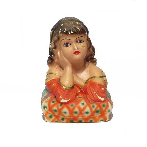 Kipsi patsas, tytön pää -40 luvulta