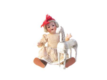 Vanhat nuket, lelut ja nallet