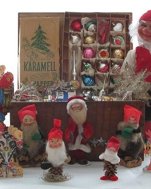 Gamla juldekorationer, julbockar, tomtar, tomtenissar, Arne Hassle tomtar, K.A. Weiste tomtar, kott tomtar, toppstjärna, tomterad, smällkaramell,