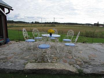 Puutarhakalusto, valurautainen puutarhakalusto, puutarhapöytä, puutarha tuoli, valurauta, kiilakivet