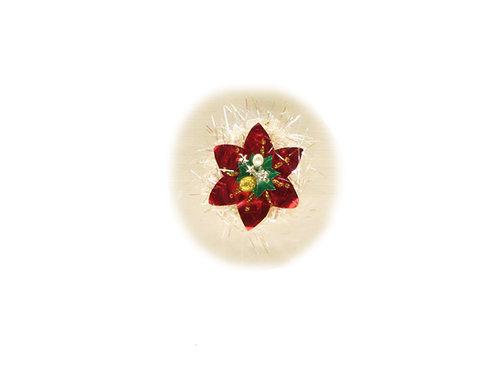 Vanha joulukuusen koriste foliopaperista, punainen tähti