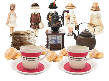 Tomtebyns café öppet sommartid gamla pappersdockor, plättar, arabia kaffekoppar, kaffekvarn, koppar kaffepanna
