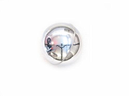 Saumapallo, hopeanvärinen, joulukuusenkoriste