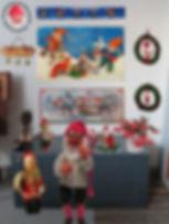 Joulukoristeetseinällä.jpg