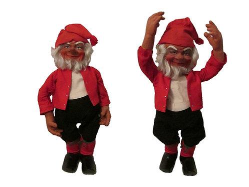 Iso vanha joulutonttu -60 luvulta. Pituus 70cm