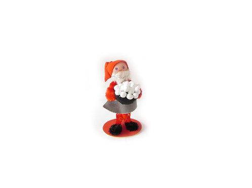 Piipunrassi joulutonttu, vanha joulukoriste, tonttu ja puurokulho